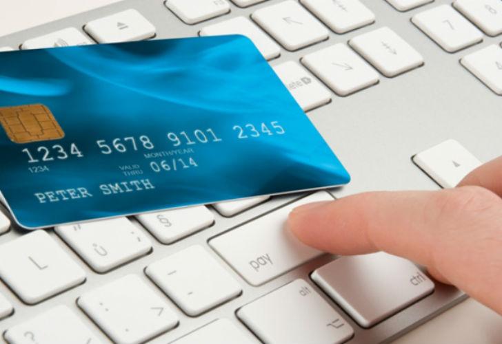 Кредит на карту онлайн срочно не выходя из дома без отказа на год